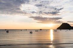piękny nad dennym wschód słońca Zdjęcia Royalty Free