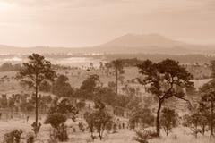 Piękny natura krajobraz przy Thung Salaeng Luang parkiem narodowym Zdjęcia Royalty Free