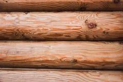 Piękny Naturalnego tła wzór beli ściana Drewniana beli kabiny ściana Naturalny Barwiony Horyzontalny tło fotografia royalty free
