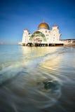 Piękny niebieskie niebo nad Malacca cieśninami Meczetowymi Zdjęcia Royalty Free
