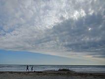 Piękny niebo i morze zdjęcie stock
