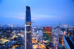 Piękny noc widok Ho Chi Minh pejzaż miejski SaiGon, Wietnam Zdjęcie Stock