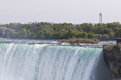 Piękny obrazek z zadziwiającym Niagara spada od kanadyjczyk strony zdjęcie royalty free