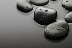 Piękny obrazek zdrojów Gorący kamienie, widok od Above Ciemny backg Obrazy Stock