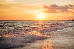 piękny ocean nad zachodem słońca obraz stock