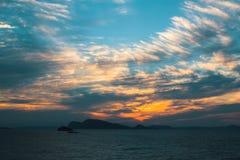 Piękny półmrok nad morzem egejskim Natura zdjęcia stock