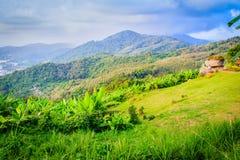 Piękny panoramiczny widok górski od wzgórza Duży Buddha w Ph Obraz Royalty Free