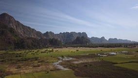 Piękny panoramiczny widok z lotu ptaka góra Zwegabin zdjęcie wideo