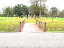 Piękny parka i mostu skrzyżowanie zdjęcia royalty free