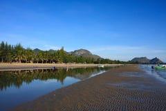 Piękny Parnburi Tajlandia morze i plaża Obrazy Royalty Free