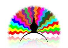 Piękny pawi ogon z barwiącymi wzorami, kolorową logo pojęcia ikoną stylizującą, wektoru tłem, odizolowywającym lub błękitnym ilustracja wektor