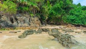 Piękny plażowy scenary w Ameryka Południowa tropikalnym terenie Zdjęcia Stock