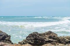 Piękny plażowy scenary w Ameryka Południowa tropikalnym terenie Fotografia Royalty Free