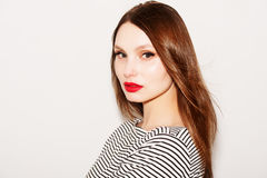 Piękny portret piękna kobieta z jaskrawym makijażem Fotografia Stock