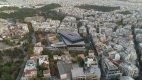Piękny powietrzny pejzaż miejski Ateny z nowożytnym muzeum akropol zdjęcie wideo