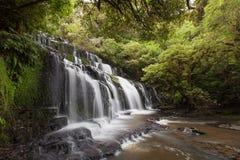 Piękny Purakaunui spada kaskadą siklawę, Catlins, Nowa Zelandia fotografia stock