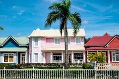 Piękny różowy pastelu dom w Samana Zdjęcia Stock