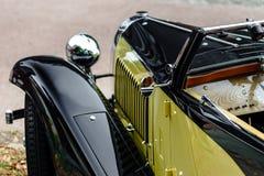 Piękny retro samochód Elegancja i styl pierwszy część cen XX Obrazy Stock
