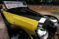 Piękny retro samochód Elegancja i styl pierwszy część cen XX Zdjęcie Stock