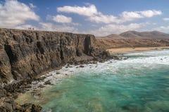 Piękny skalisty wybrzeże El Cotillo, wyspa Fuerteventura, wyspy kanaryjska, Hiszpania fotografia stock
