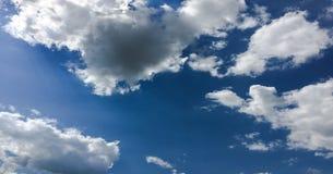 piękny tła błękit chmurnieje niebo niebo, chmury Niebo z chmury natury chmury pogodowym błękitem Fotografia Royalty Free