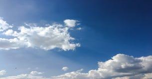 piękny tła błękit chmurnieje niebo niebo, chmury Niebo z chmury natury chmury pogodowym błękitem Zdjęcia Stock