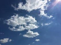 piękny tła błękit chmurnieje niebo niebo, chmury Niebo z chmury natury chmury pogodowym błękitem Niebieskie niebo z chmurami i Obraz Stock