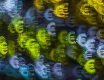 Piękny tło z różnym barwionym symbolu euro, abstrac Zdjęcie Royalty Free