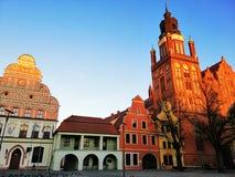 Piękny targowego kwadrata i St Mary kościół, Stargard, Polska obrazy royalty free