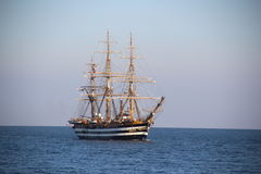 Piękny Włoski żeglowanie statek na wysokich morzach Zdjęcie Stock