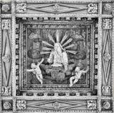 Piękny Włoski tradycyjny wewnętrzny ornament robić złoto i drewno Obrazy Royalty Free