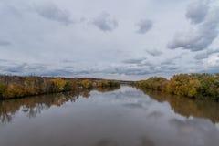 Piękny Wabash rzeczny dukt w Lafayette, Indiana, w jesieni obrazy stock