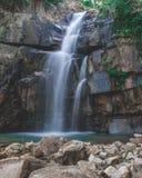 Piękny waterfal w Kambodża w Azja Południowo-Wschodnia obrazy stock