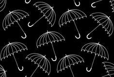Piękny wektorowy czarny i biały bezszwowy wzór z parasolami Obrazy Stock