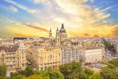 Piękny widok bazylika święty Stephen i historyczny centrum Budapest, Węgry Zdjęcie Royalty Free