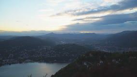 Piękny widok Como miasteczko od Brunate góry zbiory