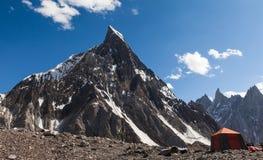 Piękny widok infuła szczyt od Concordia obozowego miejsca obraz royalty free