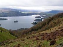 Piękny widok jeziora wewnątrz, Cumbria, Anglia Obraz Stock