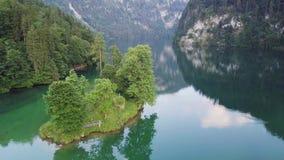 Piękny widok Konigsee jezioro blisko Jenner góry w Berchtesgaden parku narodowym, Górni Bawarscy Alps, Niemcy zdjęcie wideo
