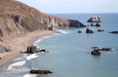 Piękny widok od kózki skały plaży w Sonoma Kalifornia Fotografia Royalty Free