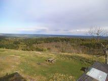Piękny widok od stoney wzgórza nad natura parkiem w Sweden obraz stock