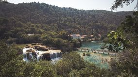 Piękny widok Plitvice jeziora, Chorwacja zdjęcia royalty free