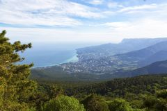 Piękny widok południowy wybrzeże Crimea zdjęcia stock