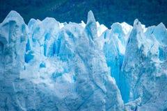 Piękny widok powierzchnia błękitny lodowiec Shevelev fotografia stock