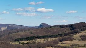 Piękny widok Rumuńska wieś na ciepłym dniu wiosna fotografia royalty free