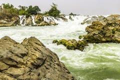 Piękny widok siklawa krajobraz Mała siklawa w głębokim - zielona lasowa sceneria Fotografia Stock