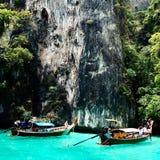 Piękny widok skały i morze na wyspie w Thailand Phuket Podróż Fotografia Royalty Free