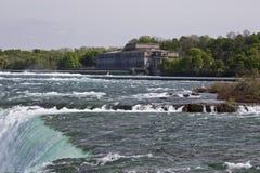 Piękny wizerunek zadziwiający Niagara spada kanadyjczyk strona zdjęcie royalty free