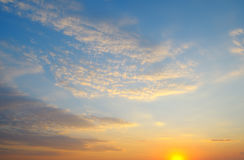 Piękny wschód słońca i chmurny niebo Zdjęcia Stock