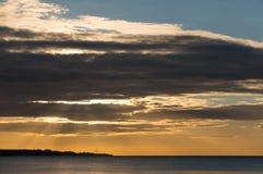 Piękny wschód słońca w lecie spokojnym morzem Obraz Stock